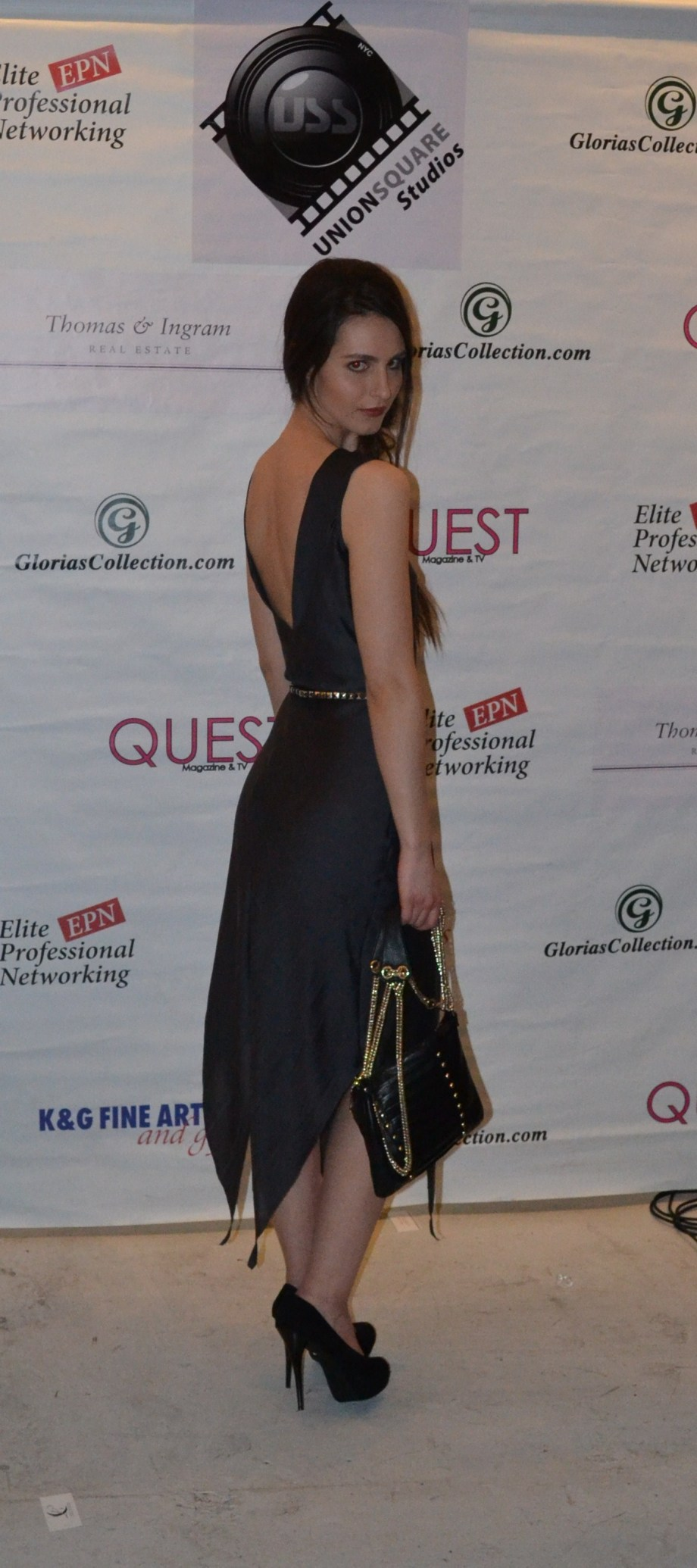 Carlos Luna Couture- www.sassncurlz.com